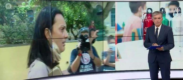 Η μητέρα που κατηγορείται ότι υποκίνησε κατάληψη για τις μάσκες σε σχολείο μιλά στο MEGA | tanea.gr