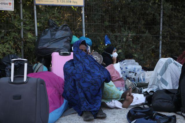 Λέσβος: Αντιδρούν οι κάτοικοι για τη μετεγκατάσταση των προσφύγων από τη Μόρια | tanea.gr
