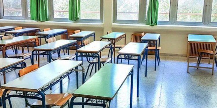 Μπαράζ καταλήψεων στα σχολεία με αίτημα λιγότερους μαθητές ανά αίθουσα | tanea.gr