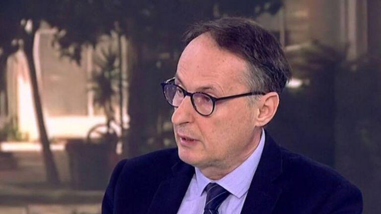 Σύψας στο MEGA: Κάθε νέο μέτρο είναι πιστολιά στην οικονομία – Τι είπε για το εμβόλιο | tanea.gr