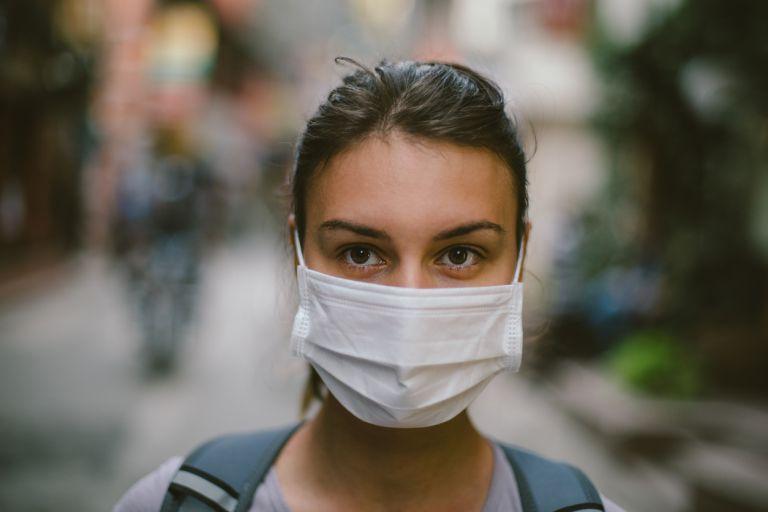 Κοροναϊός : Πώς να φοράτε σωστά τη μάσκα μας | tanea.gr
