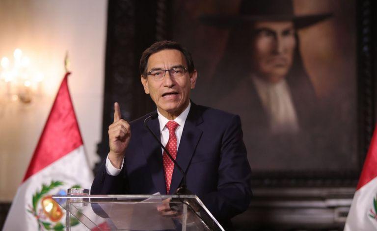 Περού : Μέχρι και ο… πρόεδρος της χώρας τα έβαλε με τη διαιτησία του αγώνα με τη Βραζιλία   tanea.gr