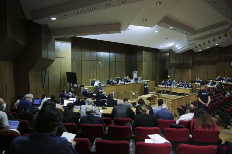 Βερβεσός στο MEGA: Τουλάχιστον 6 χρόνια η εκτιτέα ποινή για το «διευθυντήριο» της Χρυσής Αυγής   tanea.gr