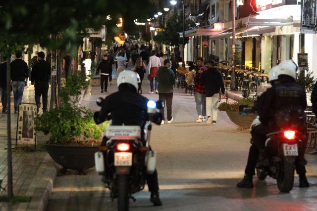 Πάτρα : Η αστυνομία κλείνουν μαγαζιά για παραβίαση μέτρων, τα δικαστήρια τα ξανανοίγουν   tanea.gr
