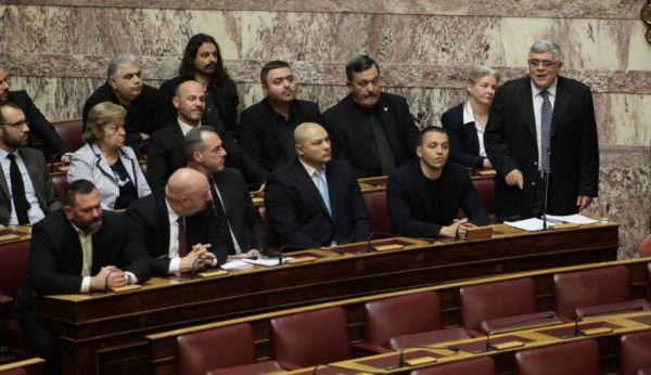 Ρύθμιση για τον αποκλεισμό των χρυσαυγιτών από εκλογές προανήγγειλε ο Τσιάρας | tanea.gr