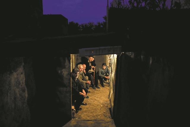 Γιατί η Τουρκία βοηθά τους Αζέρους να «εξαφανίσουν» την Αρμενία | tanea.gr