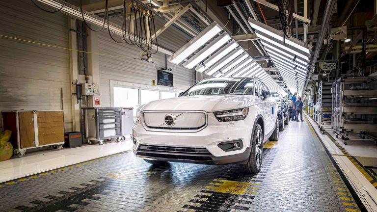 Στην παραγωγή το αμιγώς ηλεκτρικό Volvo XC40 Recharge | tanea.gr