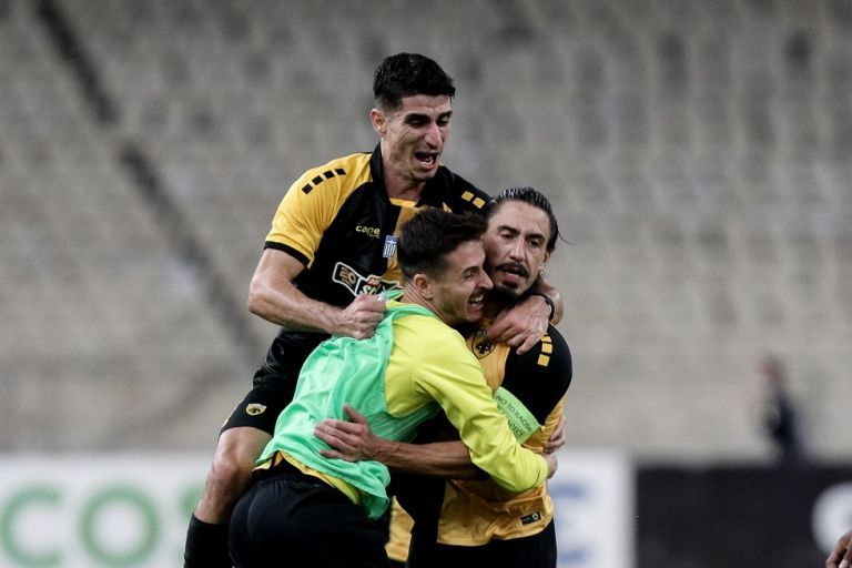 ΑΕΚ – Βόλφσμπουργκ 2-1: Καρίμ και… τέζα | tanea.gr