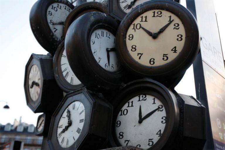 Χειμερινή ώρα από την Κυριακή – Ποιες αλλαγές προβλέπονται στο μέλλον | tanea.gr