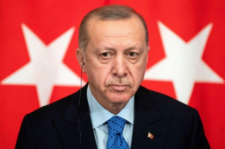Ερντογάν : Όποιος απλώσει χέρια στην Τουρκία θα του τα κόψουμε   tanea.gr