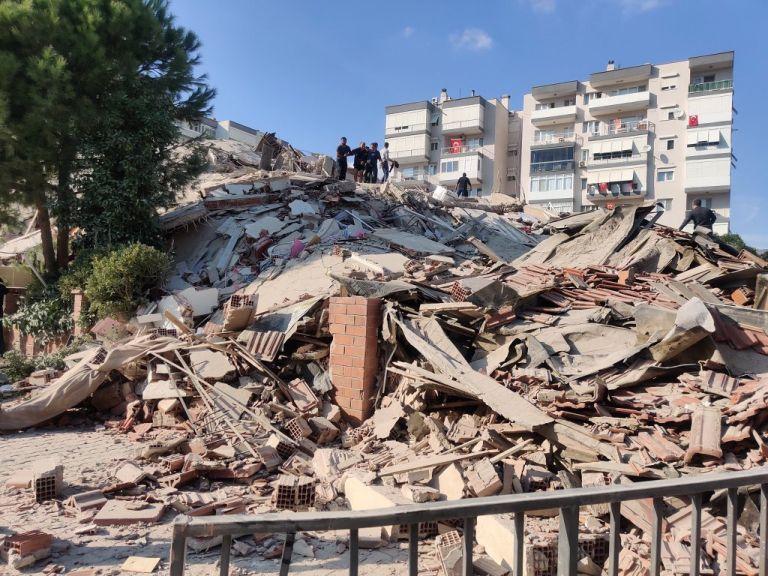 Το μήνυμα Ερντογάν μετά το καταστροφικό χτύπημα του Εγκέλαδου στη Σμύρνη   tanea.gr
