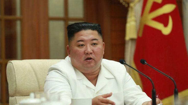 Κιμ Γιονγκ Ουν : Κανένας Βορειοκορεάτης με κοροναϊό - Ο σοσιαλισμός αποτρέπει την πανδημία | tanea.gr