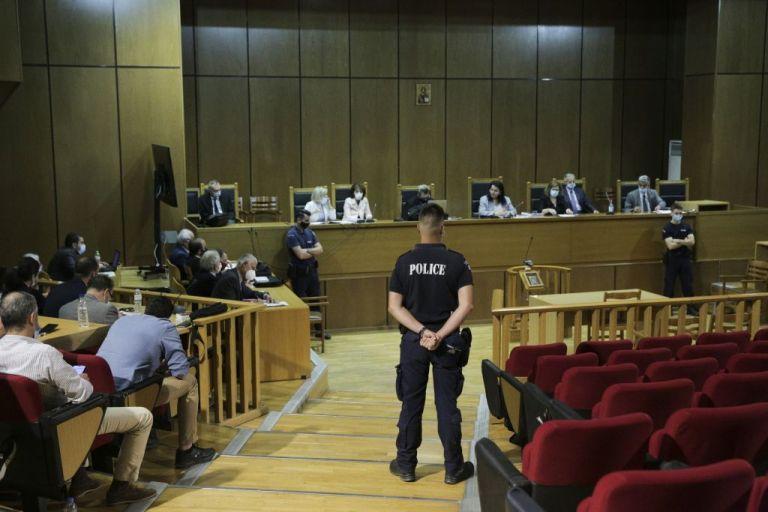 Δίκη Χρυσής Αυγής: Αυλαία με τις αποφάσεις για τις αναστολές των ποινών | tanea.gr