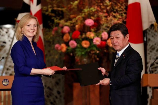 Βρετανία : Υπέγραψε με την Ιαπωνία την πρώτη εμπορική συμφωνία μετά το Brexit   tanea.gr