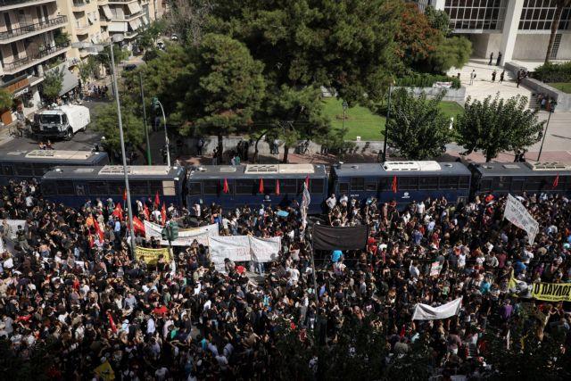 Χρυσή Αυγή : Πρώτη είδηση στα ξένα ΜΜΕ η απόφαση | tanea.gr