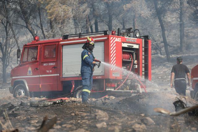 Συναγερμός στην Πυροσβεστική: Φωτιά στα Σπάτα | tanea.gr