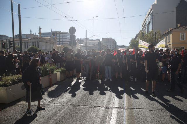 Απεργία ΑΔΕΔΥ : Επεισόδια στο κέντρο της Αθήνας | tanea.gr
