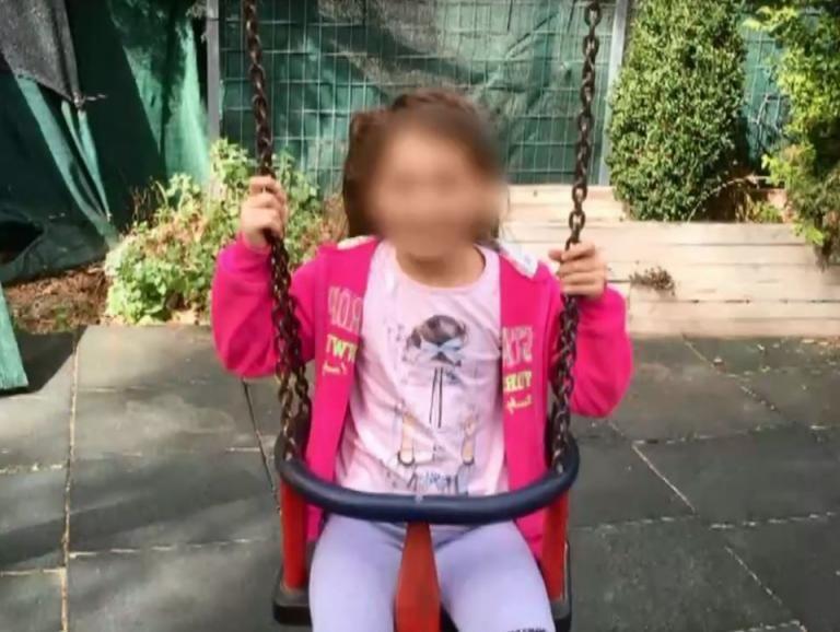 Ξεσπά ο πατέρας της 8χρονης Αλεξίας στο MEGA : «Το παιδί μου έμεινε ανάπηρο» | tanea.gr