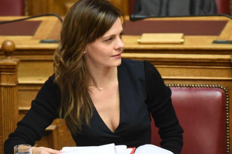 Αχτσιόγλου: Το σχέδιο της ΝΔ είναι φθηνή και ευέλικτη εργασία | tanea.gr