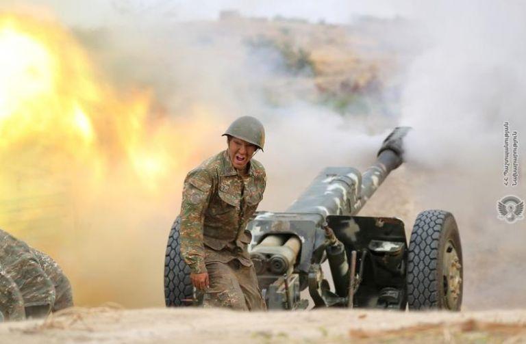 Ναγκόρνο-Καραμπάχ: Το Αζερμπαϊτζάν ρίχνει βόμβες και η Τουρκία σιγοντάρει   tanea.gr