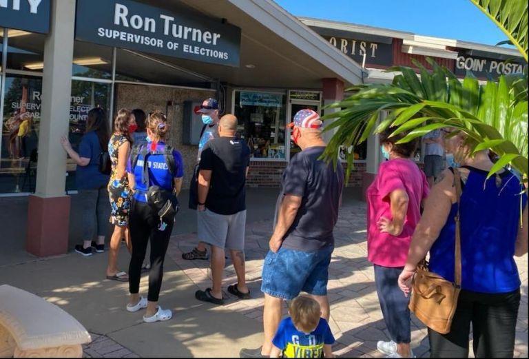 Αμερικανικές εκλογές : Πάνω από 30 εκατ. έχουν ψηφίσει – Ουρές έξω από εκλογικά κέντρα στη Φλόριντα   tanea.gr