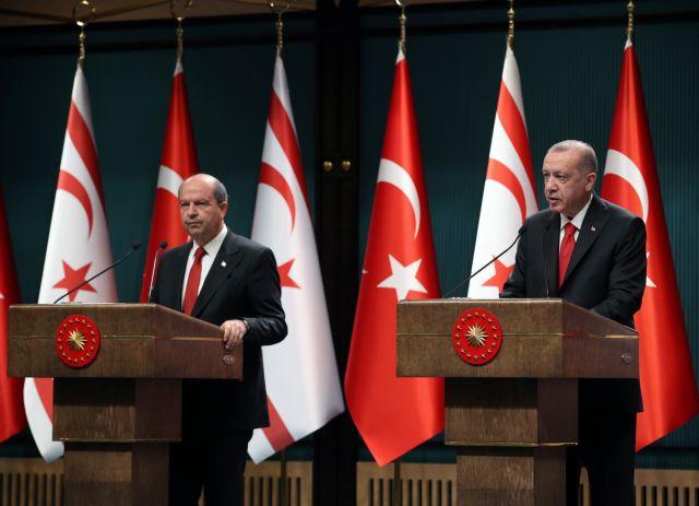 Ερντογάν και Τατάρ αστειεύονται για το Κυπριακό και κανονίζουν «πικνίκ» στα Βαρώσια | tanea.gr
