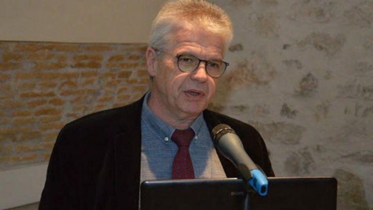 Γώγος στο MEGA : Χρειάζεται ανάπτυξη νέων κλινών ΜΕΘ στην Αθήνα   tanea.gr