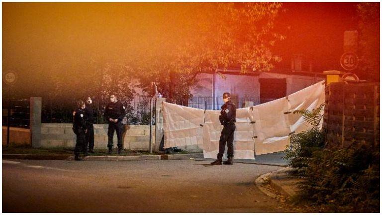 Παρίσι : Πέντε νέες συλλήψεις για την ισλαμική τρομοκρατική επίθεση – Επιβεβαιώθηκε η ταυτότητα του δράστη | tanea.gr