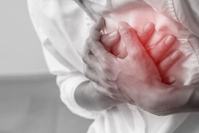 Έρευνα: Οι βαρέως πάσχοντες με Covid-19 κινδυνεύουν περισσότερο από καρδιακή ανακοπή | tanea.gr
