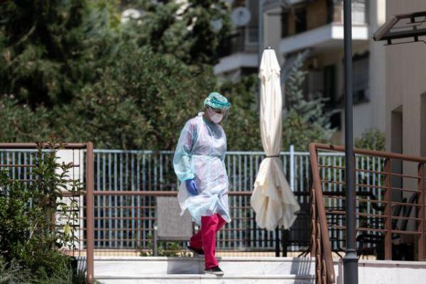 Κοροναϊός – Πέτσας : Τετραψήφιος αριθμός κρουσμάτων δεν οδηγεί αυτόματα σε νέα μέτρα | tanea.gr