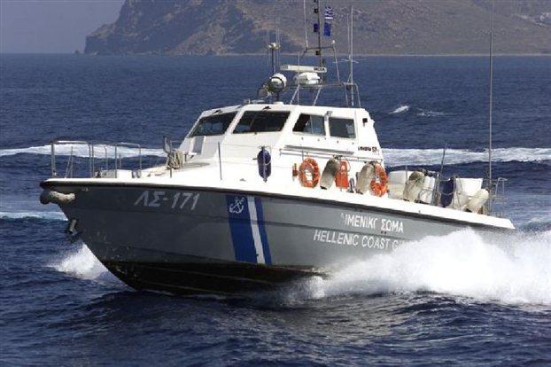 Κως : Έπεσε με το αυτοκίνητό της στο λιμάνι και πνίγηκε | tanea.gr