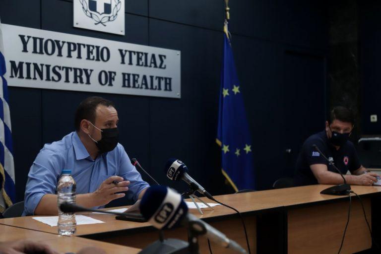 Δείτε live την ενημέρωση από Γκ. Μαγιορκίνη και Ν. Χαρδαλιά | tanea.gr