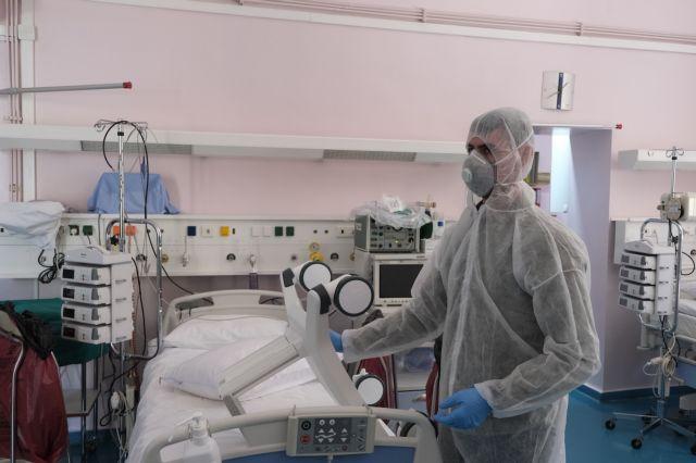 Λινού : Ανησυχία για την αύξηση των διασωληνωμένων και των νεκρών | tanea.gr