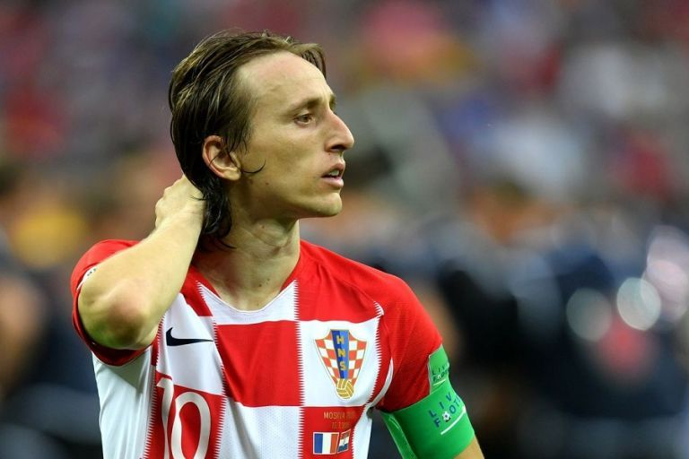 Μόντριτς: «Στη Κροατία παίζαμε μπάλα και δίπλα έπεφταν βόμβες» | tanea.gr