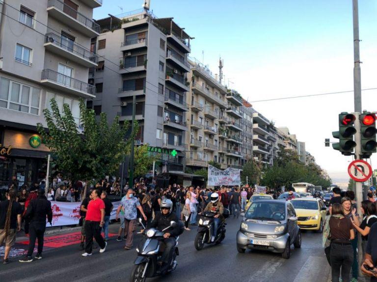 Ξεκίνησαν οι συγκεντρώσεις έξω από το Εφετείο – Φρούριο η Αθήνα | tanea.gr