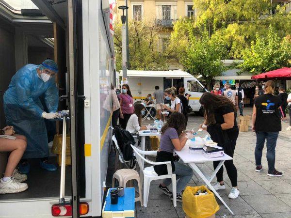 Κοροναϊός : Ακόμα 12 κρούσματα στην πλατεία Βικτωρίας | tanea.gr