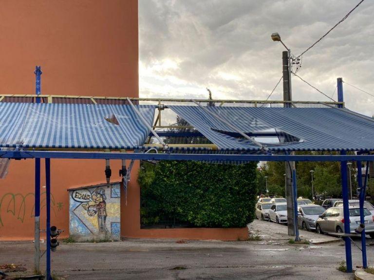 Κακοκαιρία : Τρεις τραυματίες στο Νέο Ηράκλειο: Εικόνες καταστροφής σε Αττική, Ιόνιο και Χαλκιδική | tanea.gr