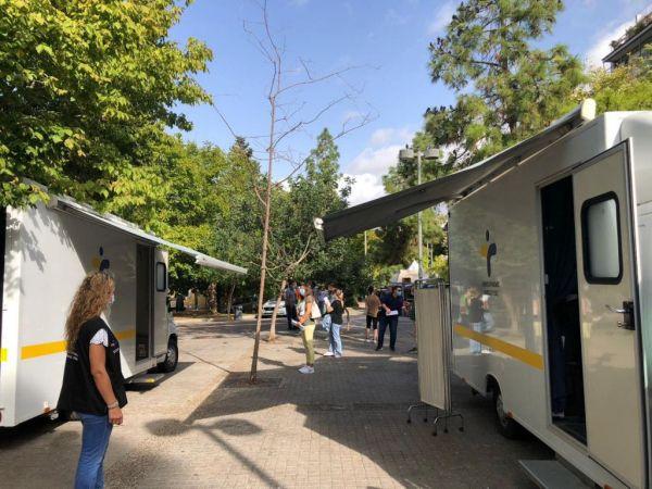 Rapid tests στο Περιστέρι : 43 κρούσματα κοροναϊού | tanea.gr
