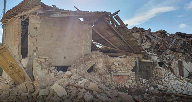 Σεισμός στη Σάμο: Εμπρακτη συμπαράσταση από την Ελληνική Ενωση Τραπεζών | tanea.gr