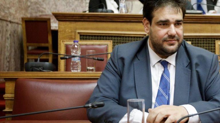 Λιβάνιος για τις κατηγορίες κατά συμβούλου του: «Μου ήταν άγνωστο το παρελθόν του» | tanea.gr