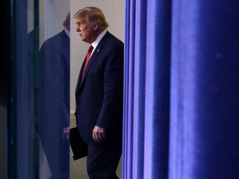 Ντόναλντ Τραμπ: Ανήσυχος για την υγεία του – Ποιους είδε, πότε και πώς κόλλησε κοροναϊό   tanea.gr