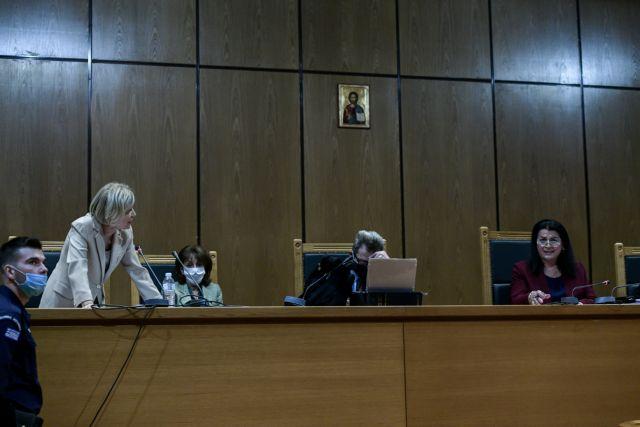Επιμένει η εισαγγελέας για τις αναστολές των ποινών στους καταδικασθέντες της Χρυσής Αυγής   tanea.gr