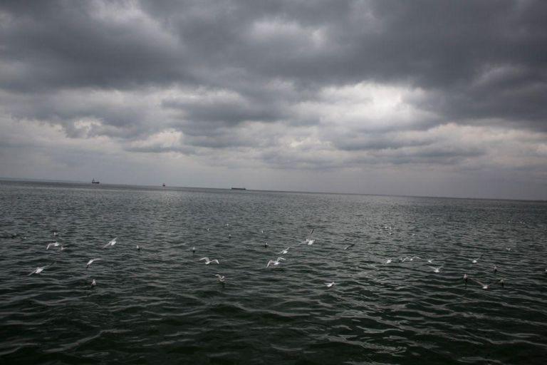 Καιρός : Ερχονται ισχυρές βροχές και καταιγίδες – Δείτε πού θα ρίξει χαλάζι | tanea.gr