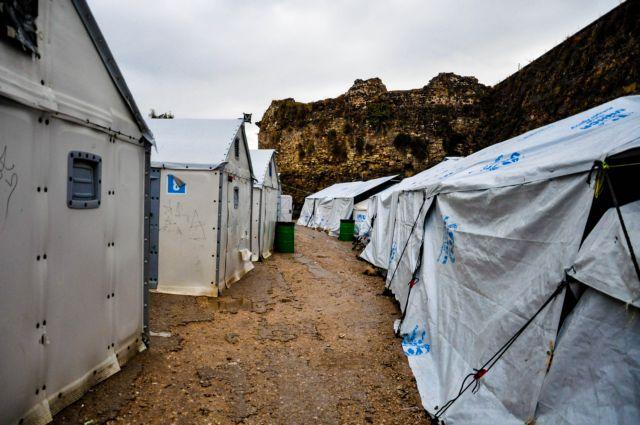 Μηταράκης : Δημιουργούνται υγειονομικές μονάδες στα νησιά όπου λειτουργούν ΚΥΤ | tanea.gr