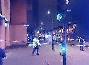 Λονδίνο: Αυτοκίνητο έπεσε στο αστυνομικό τμήμα του Έντμοντον | tanea.gr