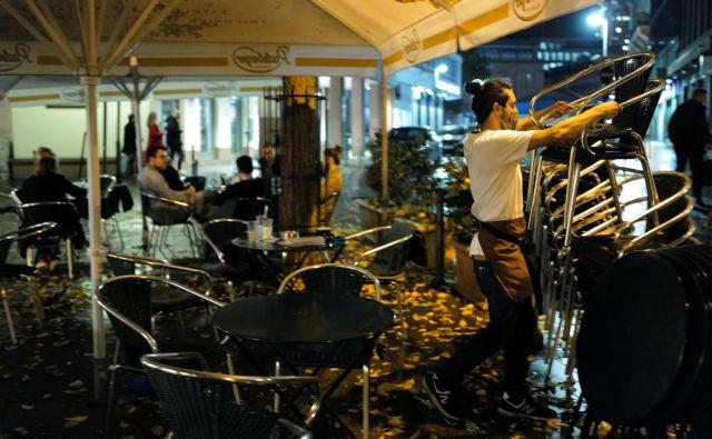 Γερμανία : Κλείνουν μπαρ, εστιατόρια, θέατρα, σινεμά, γυμναστήρια – Ανοιχτά σχολεία και εμπόριο | tanea.gr