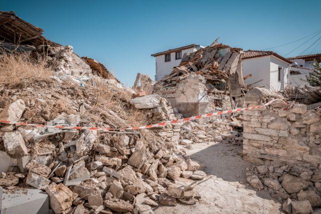 Σάμος : Μη κατοικήσιμα 300 από τα 414 κτίρια που έχουν ελεγχθεί | tanea.gr
