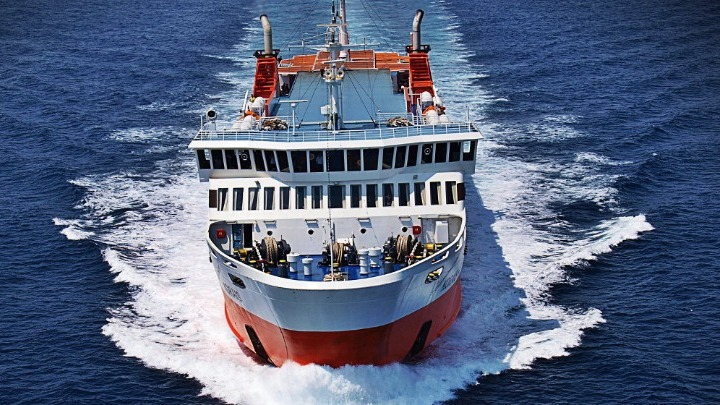 Ταλαιπωρία για 193 επιβάτες του  «Αδαμάντιος Κοραής»   tanea.gr