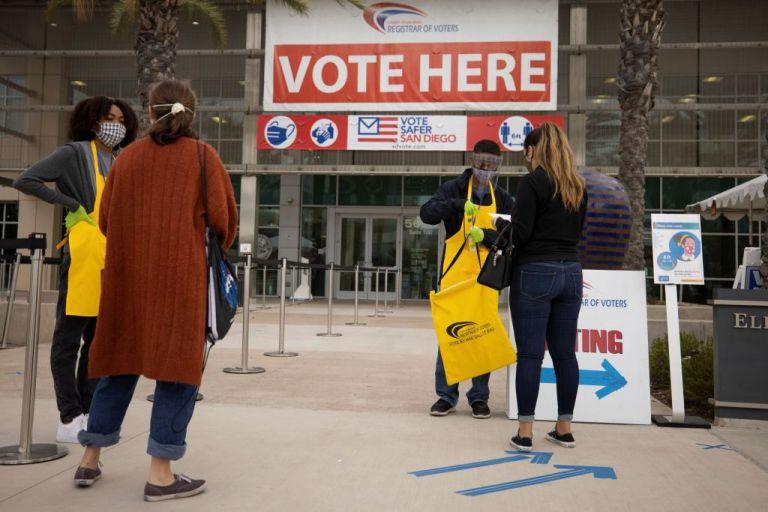 Προεδρικές εκλογές ΗΠΑ : Mυστηριώδη τηλεφωνήματα καλούσαν τους πολίτες να μείνουν σπίτι και να μην ψηφίσουν | tanea.gr