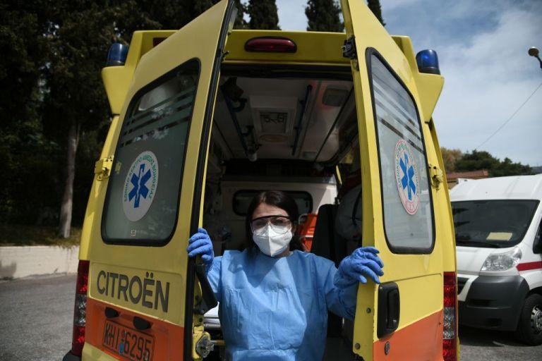 Κοροναϊός : Κρούσματα σε γηροκομείο του Πειραιά | tanea.gr